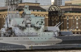 HMS Belfast canons